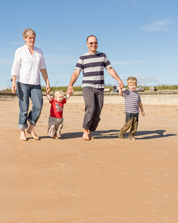 Sunny Seaside Family Photo Shoot